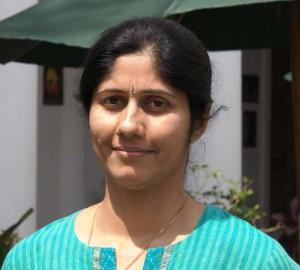 radhika-khanna800